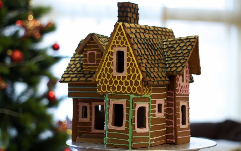 Casa de galleta de jengibre inspirada en la película UP de Disney